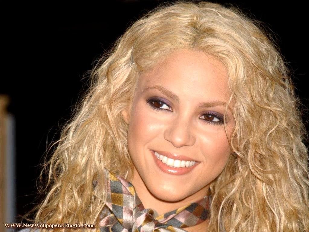 http://akshayedagh.persiangig.com/image/Shakira/Shakira%20(43).jpg
